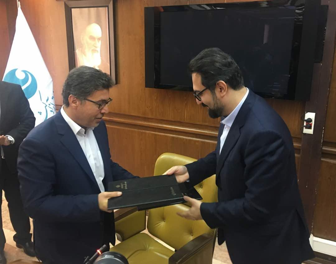 تفاهم نامه همکاری مشترک معاونت امور هنری و منطقه آزاد کیش برای کنسرت خیابانی امضا شد