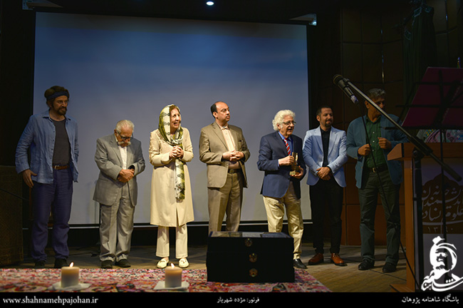 سرو ایرانی به لوریس چکناواریان و سجاد آیدنلو اهدا شد