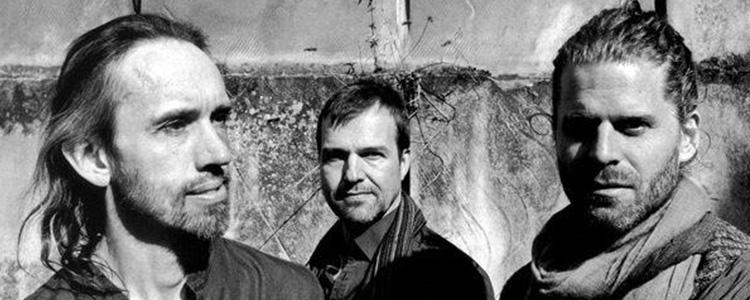 نشر هرمس آلبوم «آمیرا» را منتشر کرد