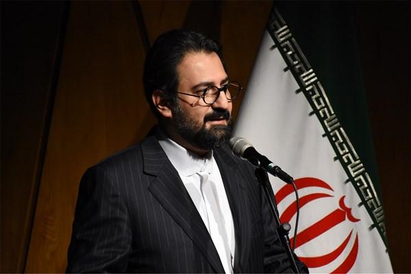 سید مجتبی حسینی: وقت آن است که درهای گفتگو را بگشاییم و با مهر و دوستی از خود بگوییم