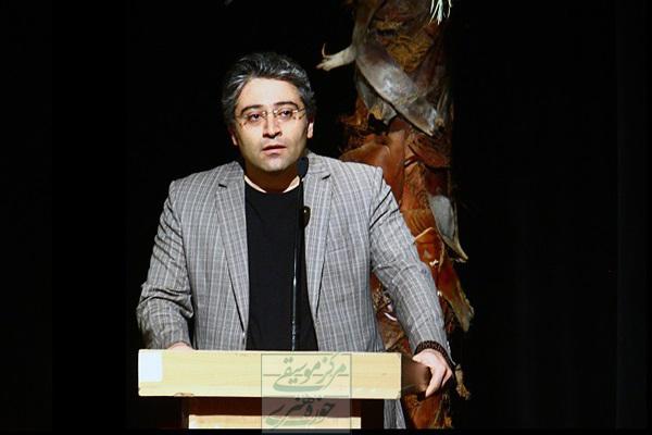 همنوایی آوازخوانان با عاشوراییان در شب آواز ایرانی