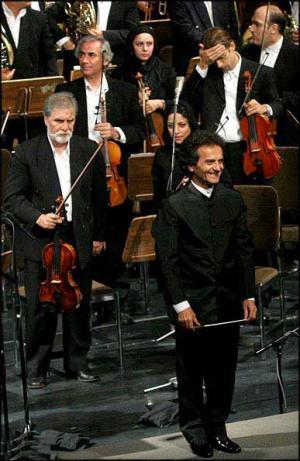 کنسرت بی نظیر یانی در لرستان و دانلود تمام آلبوم های یانی Yanni