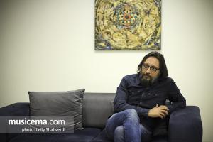 گفت و گو با «امیر توسلی» در دفتر سایت «موسیقی ما»