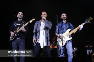 کنسرت اشوان در جشنواره موسیقی فجر - 27 دی 1395