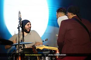 کنسرت سیروان خسروی  - بهمن 1394 (جشنواره موسیقی فجر)