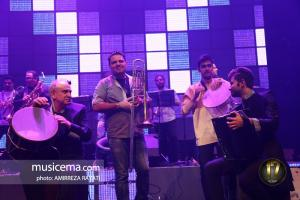 کنسرت امید حاجیلی در شب تولدش - 2 مهر 1395