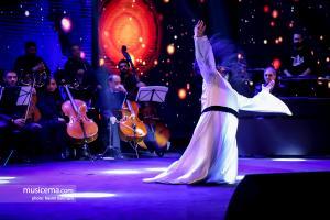 کنسرت-نمایش «ملت عشق» روزبه نعمت الهی - 24 آذر 1398