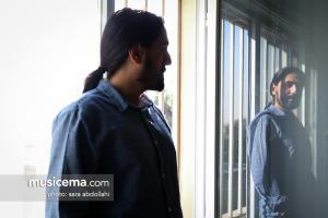 گفتوگو با آرش پاکزاد در دفتر سایت موسیقی ما