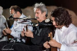 Shams%20 %20Barana%20Kermanshah%2095 06 29%20%2817%29 یادی از بزرگان موسیقی کرمانشاه در کنسرت شمس بیستون+ عکس