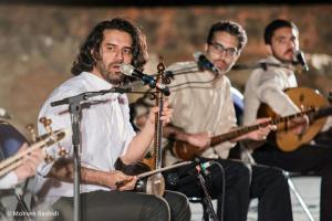 Shams%20 %20Barana%20Kermanshah%2095 06 29%20%284%29 یادی از بزرگان موسیقی کرمانشاه در کنسرت شمس بیستون+ عکس
