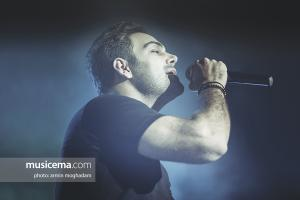 کنسرت سیامک عباسی در تالار ستارگان اراک - 14 تیر 1396