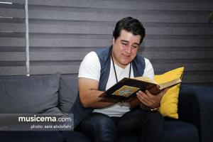گفت و گو با مهدی یغمایی در دفتر سایت موسیقی ما - تابستان 1396