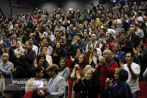 مراسم افتتاح فیلم سینمایی نفس با خوانندگی «مهدی یراحی» - 23 آبان 1395