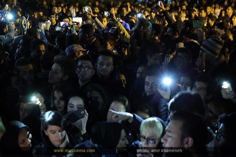 aaa %2810%29 18 تجمع هواداران مرتضی پاشایی در شهر های مختلف / تمام ایران ترانههای «مرتضی پاشایی» را خواندند + عکس