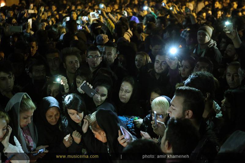 aaa %2811%29 18 تجمع هواداران مرتضی پاشایی در شهر های مختلف / تمام ایران ترانههای «مرتضی پاشایی» را خواندند + عکس