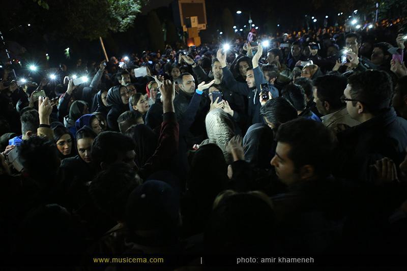 aaa %2814%29 16 تجمع هواداران مرتضی پاشایی در شهر های مختلف / تمام ایران ترانههای «مرتضی پاشایی» را خواندند + عکس