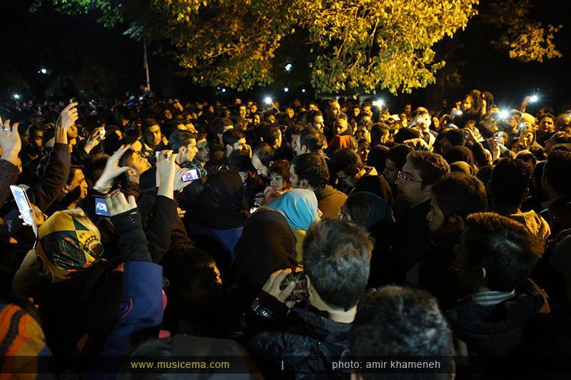 aaa %2815%29 16 تجمع هواداران مرتضی پاشایی در شهر های مختلف / تمام ایران ترانههای «مرتضی پاشایی» را خواندند + عکس