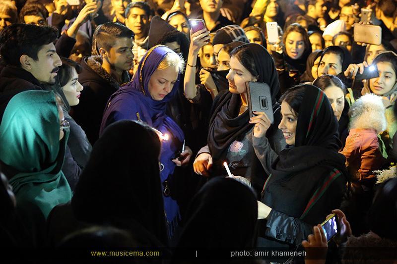 c %284%29 1 تجمع هواداران مرتضی پاشایی در شهر های مختلف / تمام ایران ترانههای «مرتضی پاشایی» را خواندند + عکس
