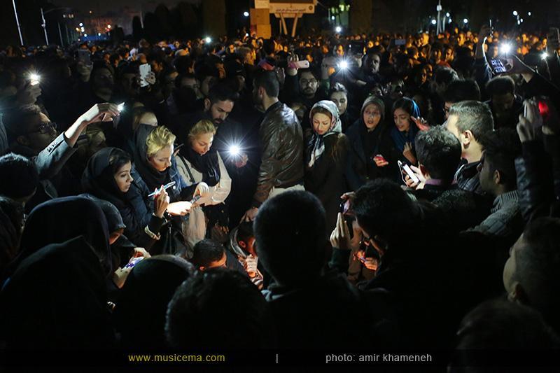 c %286%29 1 تجمع هواداران مرتضی پاشایی در شهر های مختلف / تمام ایران ترانههای «مرتضی پاشایی» را خواندند + عکس