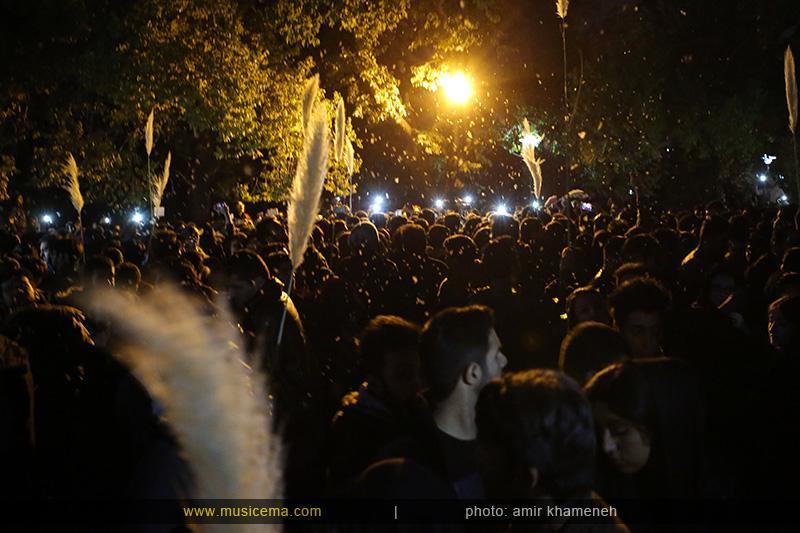 c %287%29 1 تجمع هواداران مرتضی پاشایی در شهر های مختلف / تمام ایران ترانههای «مرتضی پاشایی» را خواندند + عکس