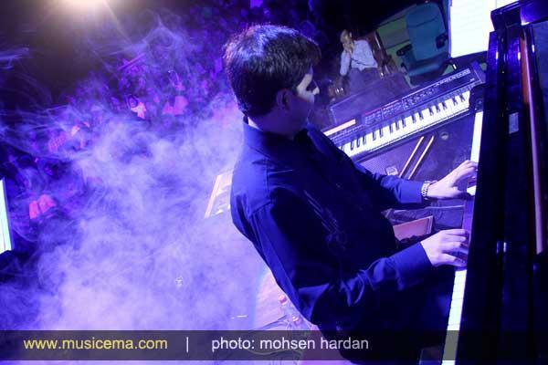 کنسرت تصویری گروه استیج گزارش تصویری از کنسرت عیدانه مازیار فلاحی در شهر سعدی و ...